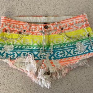 LF Car Mar Cut Off Shorts